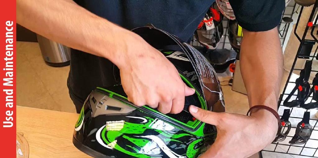 Why You Choose IV2 Serpent Green Full Face Street Bike Motorcycle Helmet