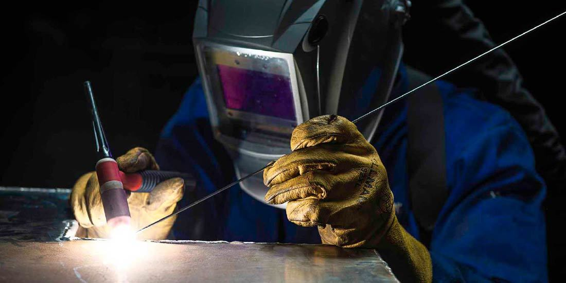 Safety Features For Welding Helmets